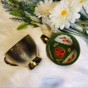 Set of 2 Gold hand painted mugs